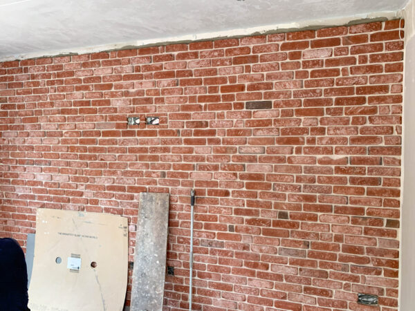 Reclaimed Brick tile and bric slips feature wall